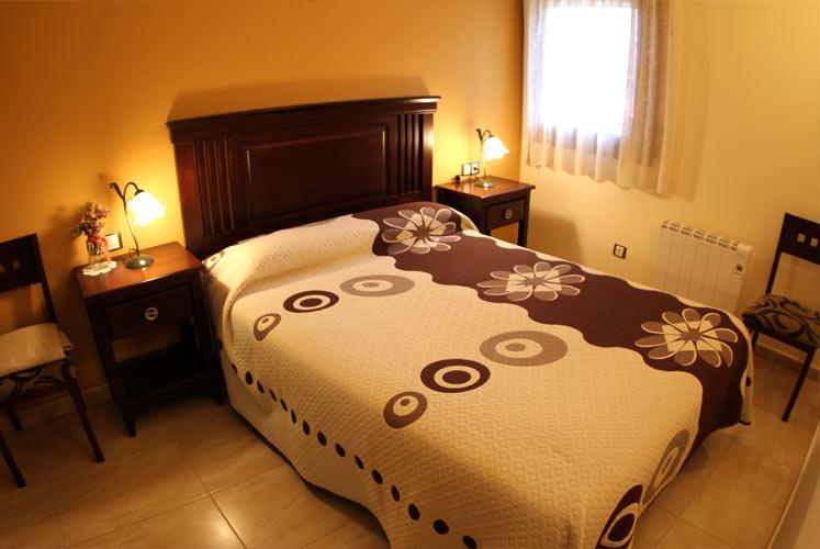 02_apartament_habitacio_dormir_ager