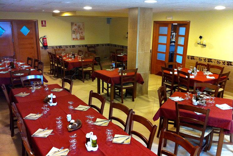 02_restaurant_dinar_ager